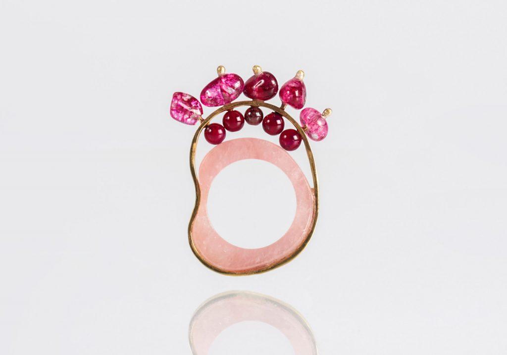 Peppy: anel em detalhe